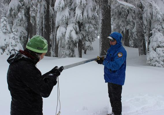 Hydrologists prepare to measure snowpack. (NRCS photo)