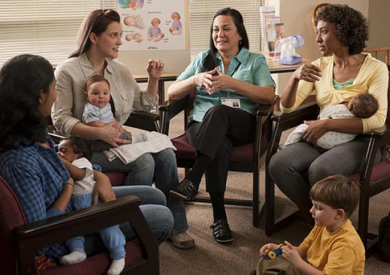 how to become a breastfeeding support worker