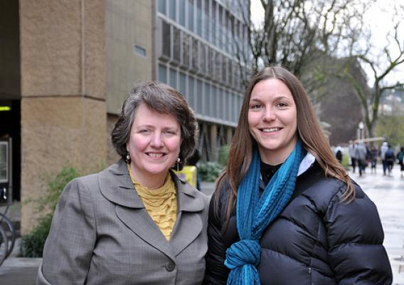 During a college tour presentation, Agriculture Deputy Secretary Kathleen Merrigan met Portland State University graduate student and USDA Rural Development student employee, Holly Kipp.