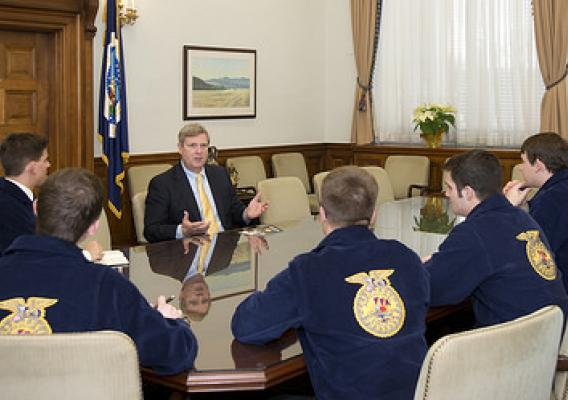 National FFA officers meet with Secretary Vilsack at the Agriculture Department on January 15. USDA photo by Tom Witham.